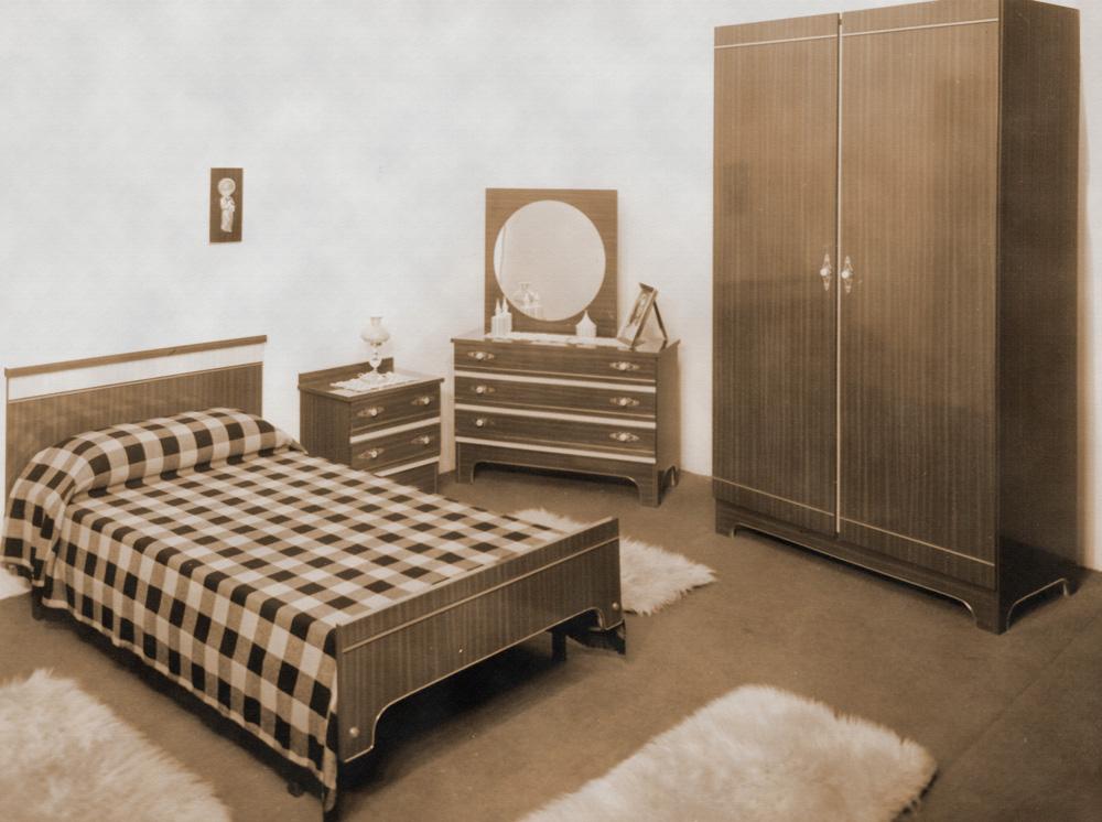 Historia fabricantes muebles para hoteles grupo rojas for Muebles para hoteles